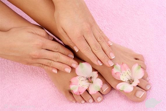 Pedicure by OPI