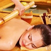 Orientalny masaż bambusami