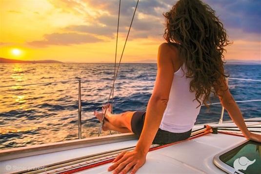 Pogoda na przeżycia - jaka pogoda jest odpowiednia na realizację sportowych marzeń (windsurfing, przygody żeglarskie, atrakcje w miastach zależne od warunków pogodowych)