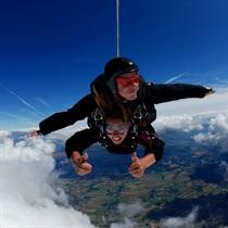 Skok spadochronowy z balonu