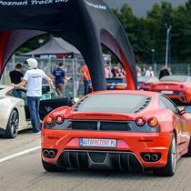 Ferrari F430 vs Lamborghini Gallardo