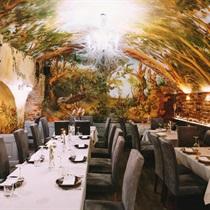 Romantyczna kolacja w Restauracji Ratuszova