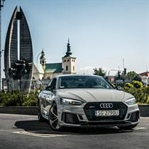 Poczuj luksus w Audi RS5