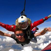 Skok spadochronowy z Desantowca z 4200 m