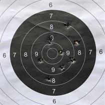Strzelanie na strzelnicy dla grupy