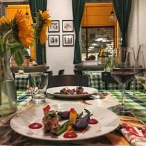 Romantyczna kolacja w Bistro 8½