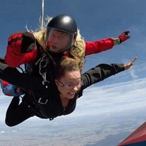 Skok spadochronowy z  Desantowca z 4200 m dla Dwojga z filmowaniem