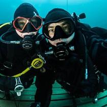 Intro nurkowe – nurkowanie w zbiorniku wodnym