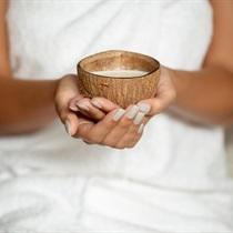 Masaż ujędrniający miseczkami kokosowymi