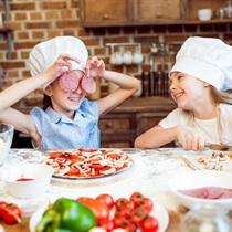 Warsztaty robienia włoskiej pizzy dla dzieci