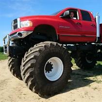 Monster Truck - Przygoda na torze