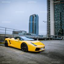 Jazda Lamborghini ulicami Warszawy