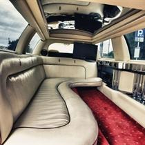 Przejazd Limuzyną Lincoln Town Car 120