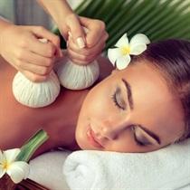 Pantai Luar - indonezyjski masaż stemplami ziołowymi