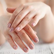 Manicure japoński oraz masaż dłoni