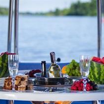 Romantyczny rejs Event Boatem dla Dwojga | Warszawa