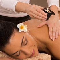 Masaż aromaterapeutyczny świecą