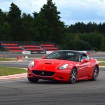 Jazda Ferrari California | Tor Silesia Ring