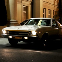Jazda Chevrolet El Camino ulicami Warszawy