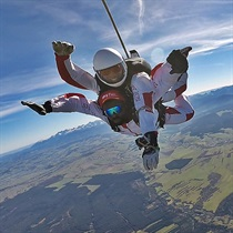 Skok ze spadochronem nad Tatrami