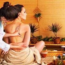 Masaż tajski z olejkami aromatycznymi