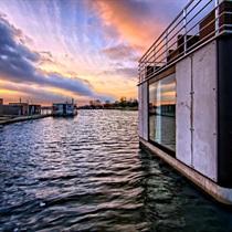 Romantyczny pobyt w Domkach na wodzie