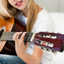 Lekcja gry na gitarze | Poznań