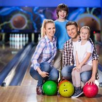 Rodzinny dzień w Pink Bowling & Club | Kraków