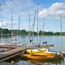 Złapcie wiatr w żagle – weekend dla dwojga na mazurskich jeziorach
